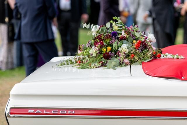 koszt pogrzebu 2